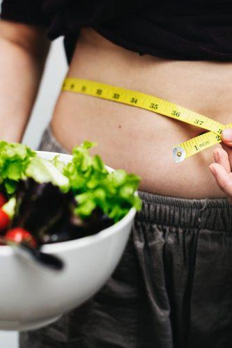 woman-diet-salat